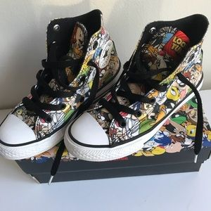Looney Tunes Kids converse size 13